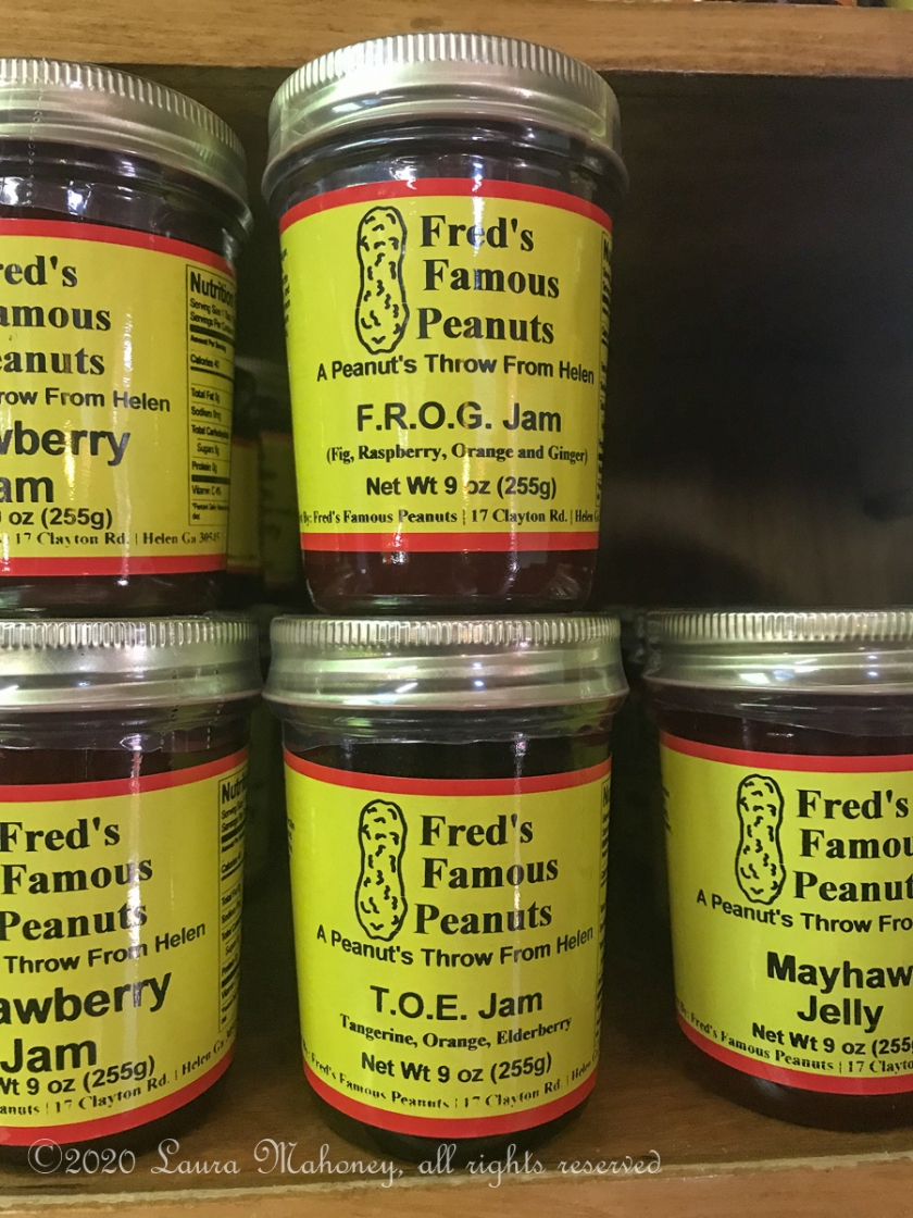 Freds Famous Peanuts-8725